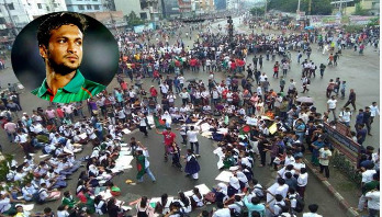 Shakib thanks students, requests to go back home
