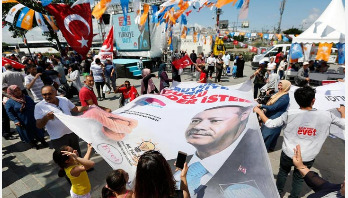 Turks set to vote in crucial presidential, parliamentary polls