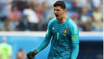 Belgium's Courtois wins World Cup Golden Glove