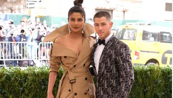 Priyanka arrives with beau Nick Jonas in Mumbai