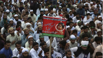 Pak police arrest cleric behind Asia Bibi protests