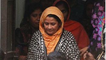 'শিক্ষিকা হাসনা হেনার মুক্তির দাবিতে শনিবারও বিক্ষোভ'