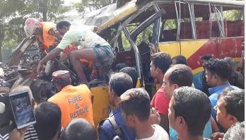 5 killed in Sirajganj road accident