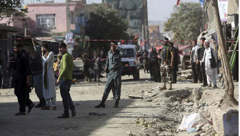 Suicide blast kills 15 in Kabul