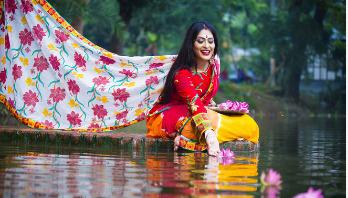 রঙ বাংলাদেশে শারদ উৎসবের পোশাক