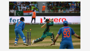 India beat Pakistan by eight wickets