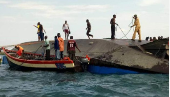 40 drown in ferry capsize
