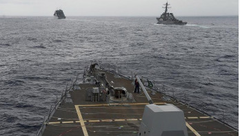 US warship sails near Spratly Islands claimed by Beijing
