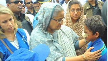 রোহিঙ্গা সংকট : দুটি আন্তর্জাতিক পুরস্কার পাচ্ছেন শেখ হাসিনা