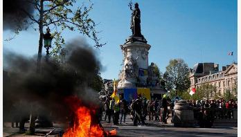 Violence returns to streets of Paris