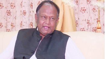 'বাজারে টিকতে পোশাক খাতের প্রণোদনা আবশ্যক'