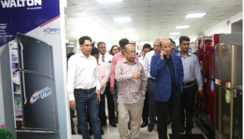 Industries minister and state minister visit Walton factory
