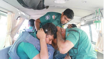 OC among 4 hurt in Khulna clash
