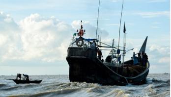 17 Bangladeshis held on Myanmar maritime border