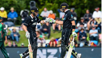 New Zealand beat Bangladesh by 8 wickets in 2nd ODI