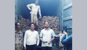 চট্টগ্রামে ১০ লক্ষাধিক টাকার অবৈধ কাঠ আটক