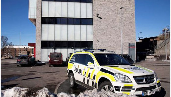 Knife attacker injures 4 staff at Norway school