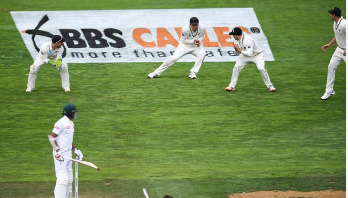 New Zealand beat Bangladesh in second Test to win series
