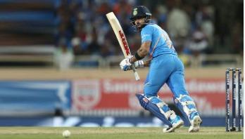 Kohli breaks de Villiers' record