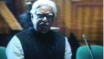 Sultan Monsur joins parliament session