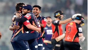Chattogram beat Khulna in BPL super over thriller