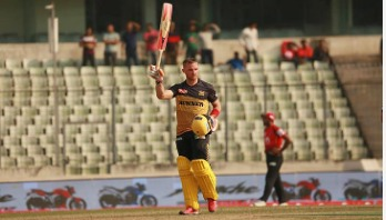 Laurie Evans hits first ton of BPL-2019