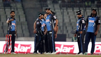 Riders crush Victorians by 9 wkts in one-sided affairs