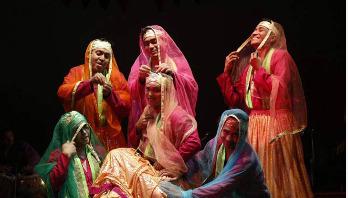 দুই নাটক নিয়ে ভারত যাচ্ছে পদাতিক