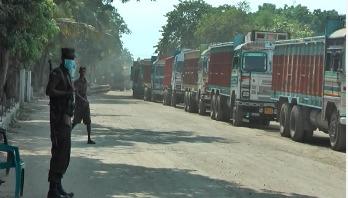 Export-import halted thru' Bhomra port
