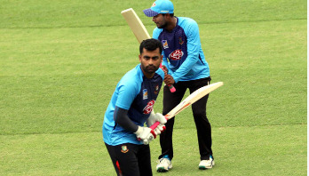 Injury scare for Tamim Iqbal during practice
