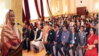 PM asks expats to counter BNP-Jamaat's propaganda