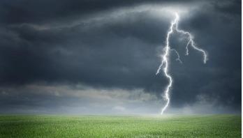 Lightning kills 2 in Kushtia