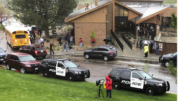One student killed in US school shooting, 7 injured