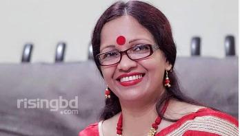 পোশাক বৃত্তান্ত || রুমা মোদক