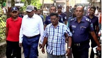 সাব-রেজিস্ট্রার সুব্রত কুমার বরখাস্ত
