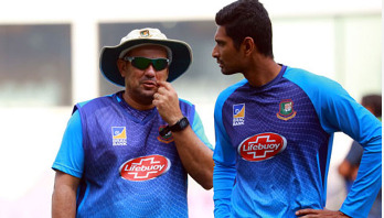 পারফর্ম করে মাহমুদউল্লাকে টেস্ট দলে ফিরতে হবে: ডমিঙ্গো