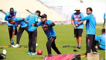 '১০০ টেস্ট খেলার, ১০ হাজার রান করার আগ্রহ তৈরি হবে'