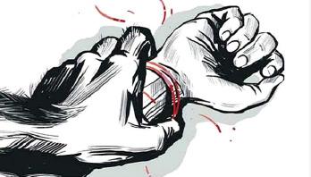 টাঙ্গাইলে ৪ স্কুলছাত্রীকে আটকে রেখে ধর্ষণের অভিযোগ
