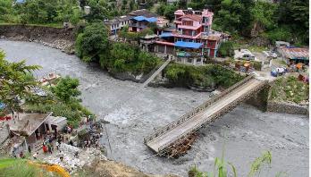 নেপালে বন্যা-ভূমিধসে ৪০ জনের মৃত্যু