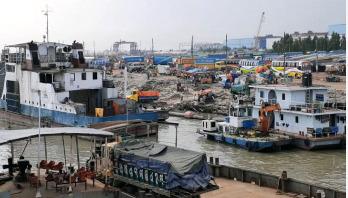 শিমুলিয়া-কাঁঠালবাড়ি নৌরুটে ফেরি চলাচল ব্যাহত