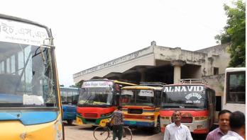 চাঁপাইনবাবগঞ্জ থেকে দূরপাল্লার বাস চলাচল বন্ধ