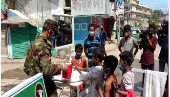 কুমিল্লায় সেনাবাহিনীর পরিচ্ছন্নতা কর্মসূচি